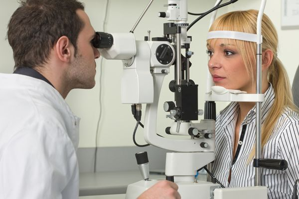 Optician Eye Sight Examination
